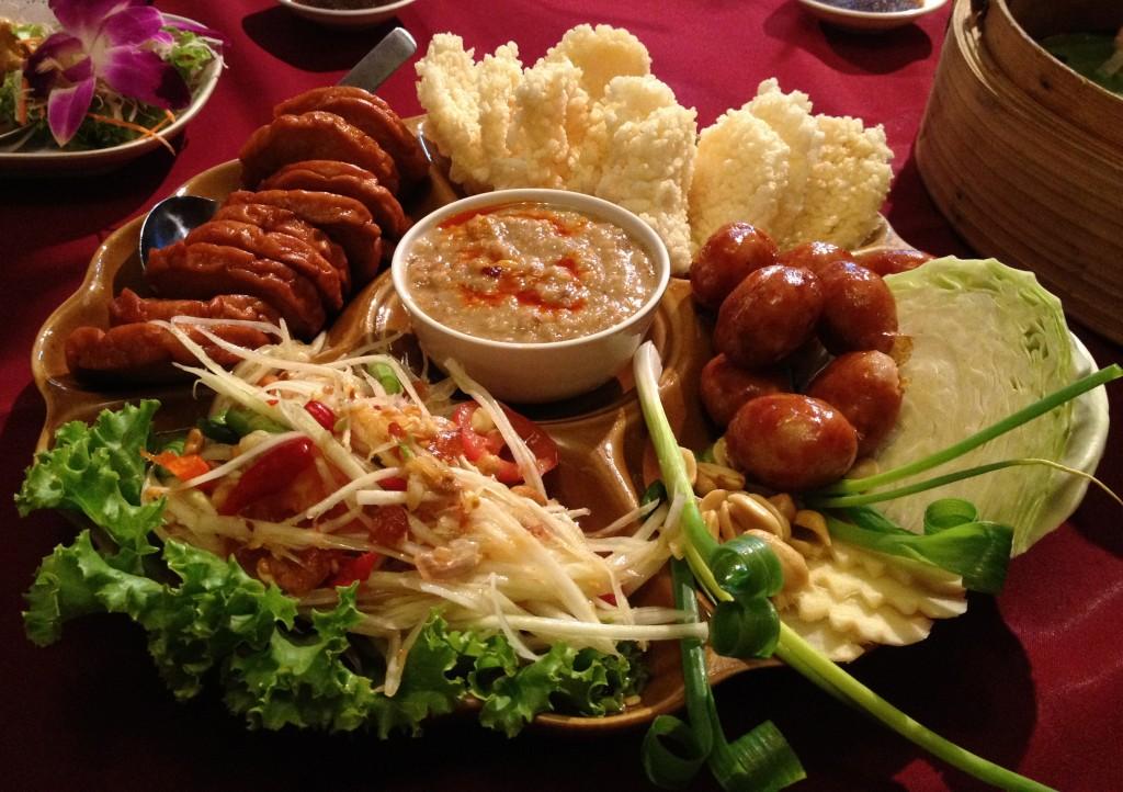 Aštrios Tailando virtuvės tradicijos