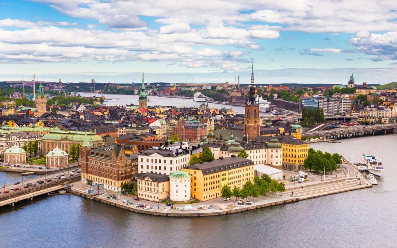 Skrydžiai į Švediją